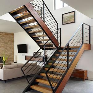 Лестницы с площадкой на второй этаж в Ижевске